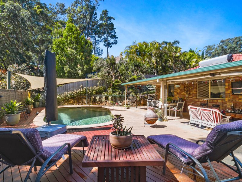 23 Forest Drive, Elanora, Qld 4221