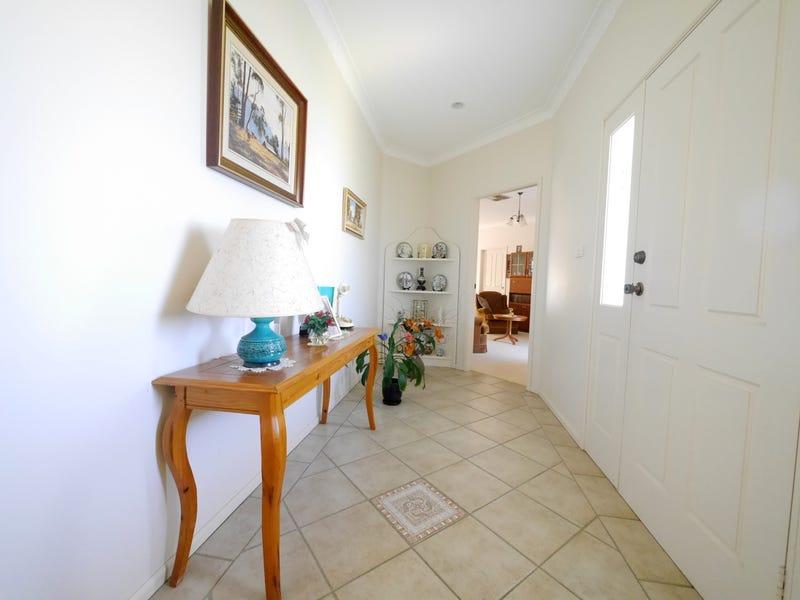 5 Banksia Close, Cowra, NSW 2794
