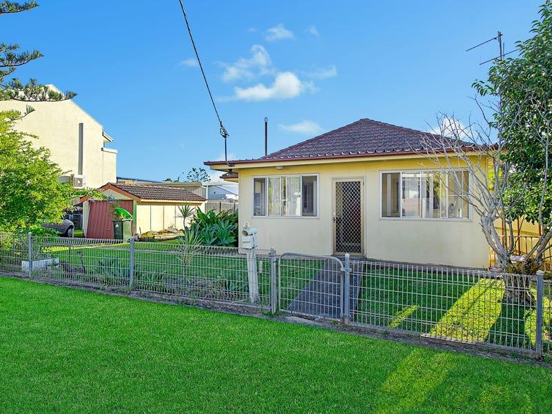 1 Golf Street, Port Macquarie, NSW 2444