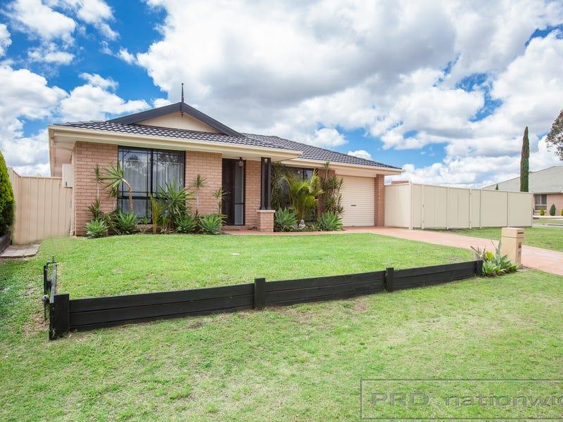 16 Glover Crescent, Metford, NSW 2323