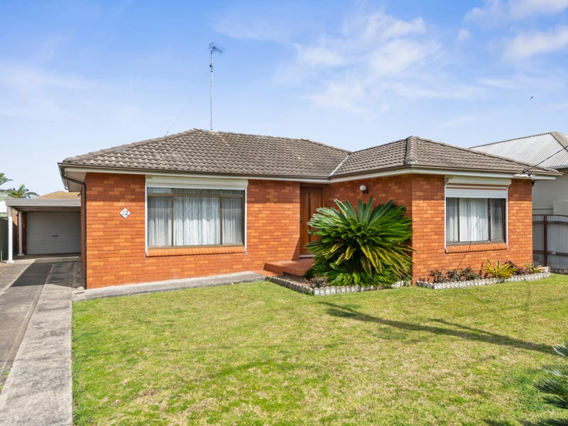 12 Woodford Avenue, Warilla, NSW 2528
