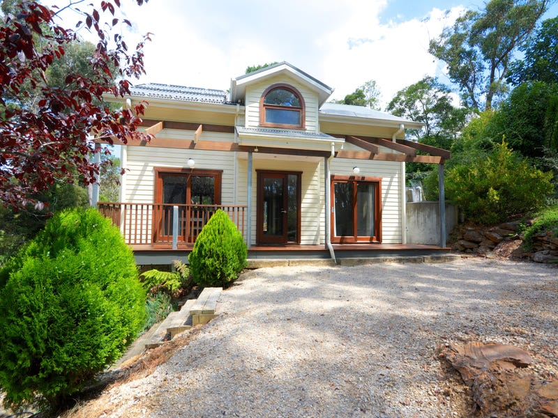 7 Cleopatra Street, Blackheath, NSW 2785