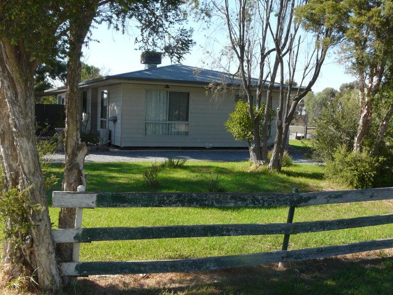 82  Waaia-Bearii Rd, Numurkah, Vic 3636