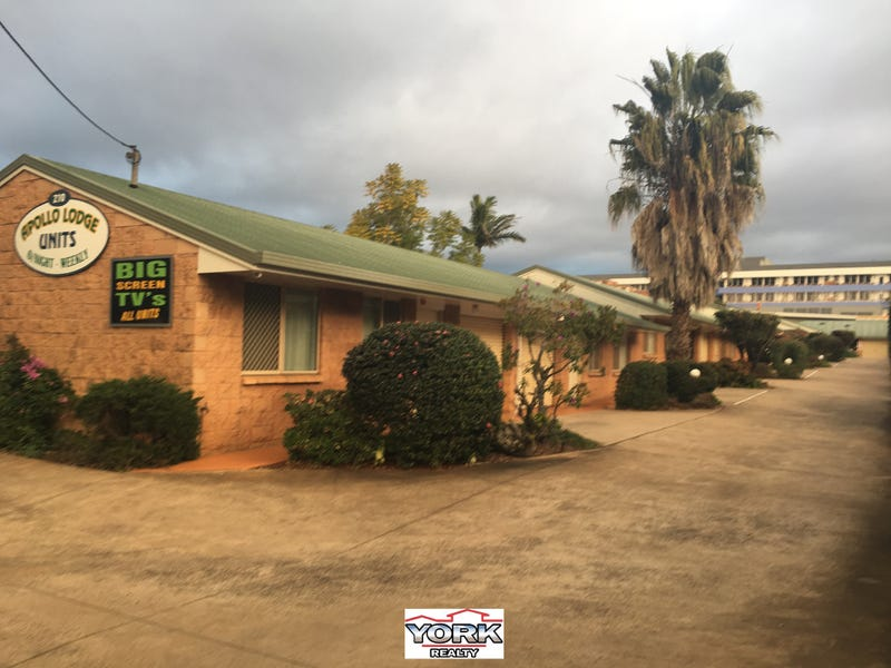 6/210 James Street, South Toowoomba
