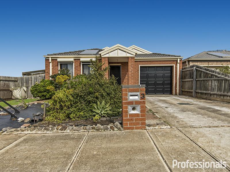 3 Granholm Grove, Melton West, Vic 3337
