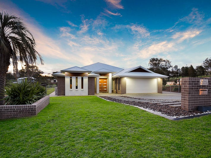 18 Settlers Drive, Gowrie Junction, Qld 4352