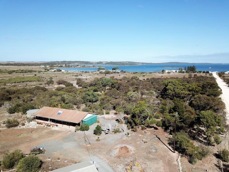 50 West Bay Road, Mount Dutton Bay
