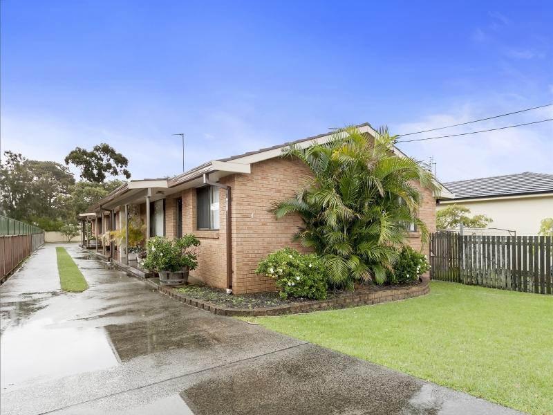 2/4 Werrang Road, Primbee, NSW 2502