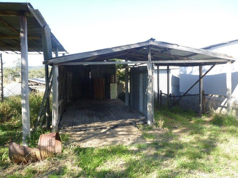 Address available on request, Kalpowar, Qld 4630
