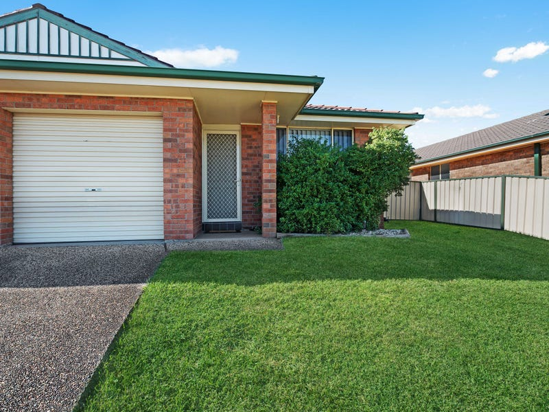 1/41 Denton Park Drive, Rutherford, NSW 2320