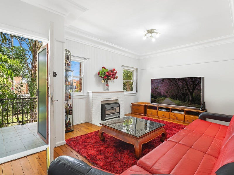 102 Boundary Road, Mortdale, NSW 2223