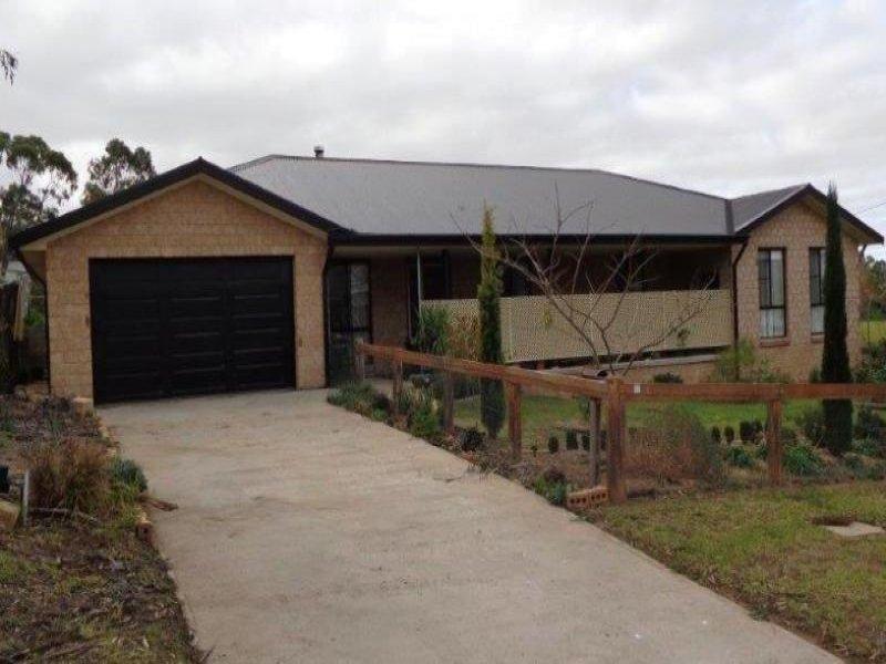 77 Booyamurra Street, Coolah, NSW 2843