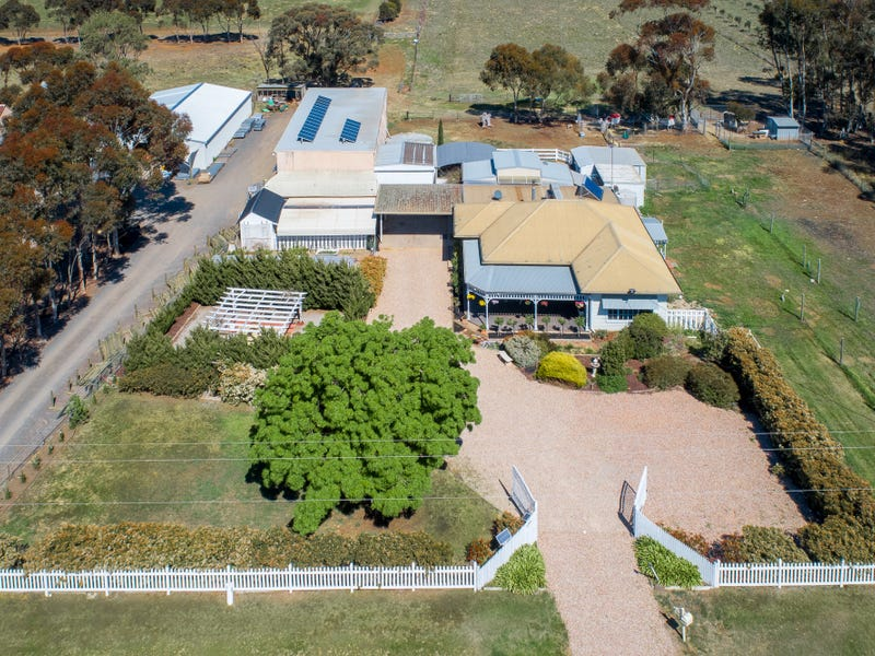 1335 -1359 Holden Road, Toolern Vale, Vic 3337