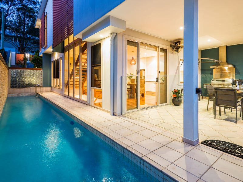 36 Hockings Street, Holland Park West, Qld 4121