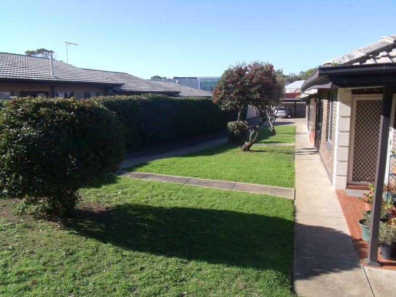 1-4/8 Hutchinson Avenue, Reynella, SA 5161