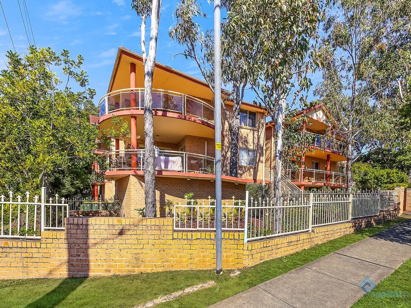 2/62 The Esplanade, Guildford, NSW 2161