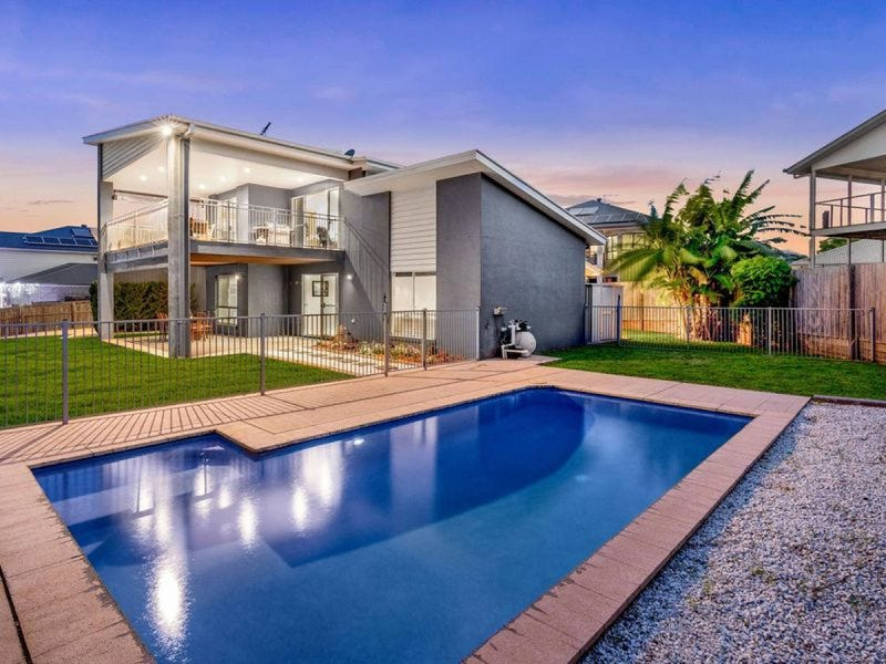 38 Huntly Place, Redland Bay, Qld 4165