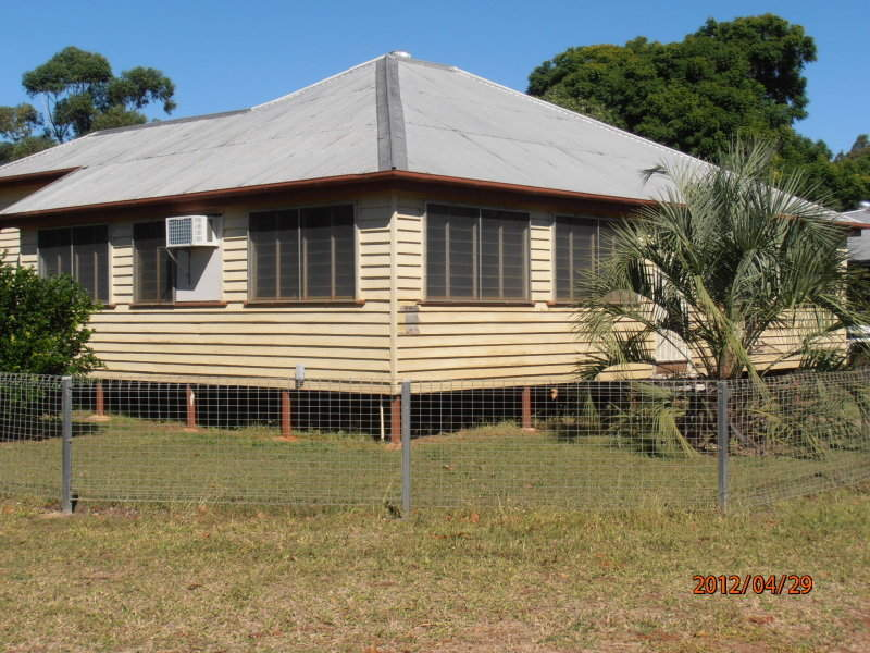 12 Goldston St, Alpha, Qld 4724