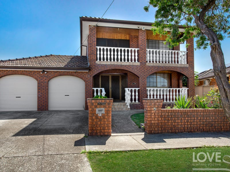 13 Uplands Place, Thomastown, Vic 3074