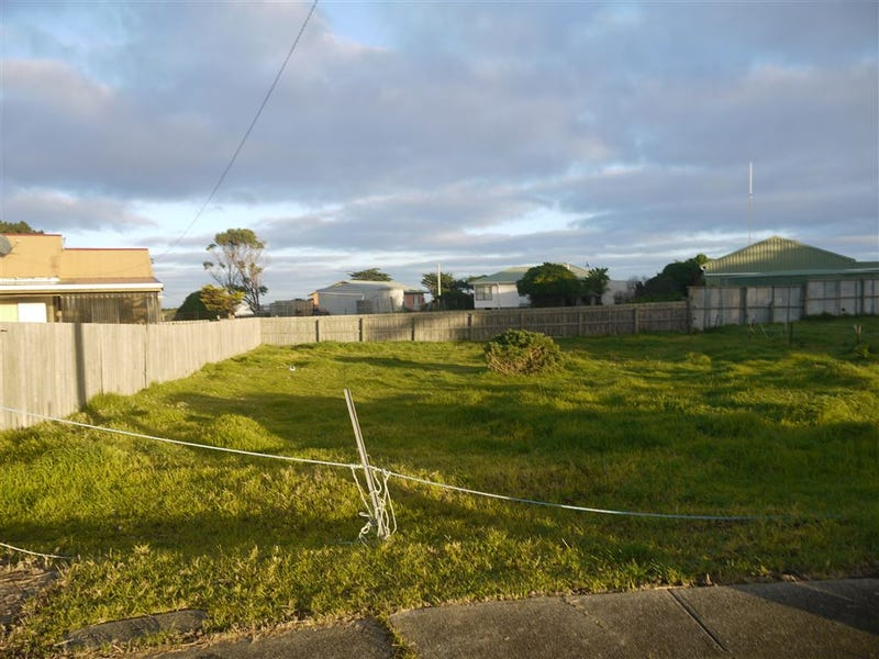 10 Curtain Avenue, Currie, Tas 7256