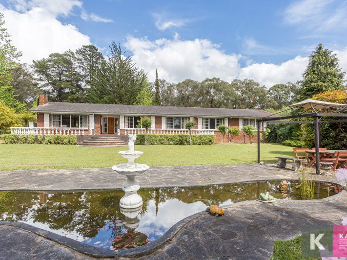 27 Burton Road, Beaconsfield Upper, Vic 3808
