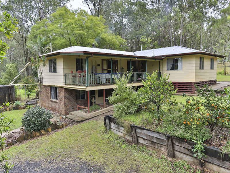 779 Murphys Creek Road, Upper Lockyer, Qld 4352