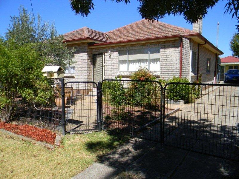 18 NEVILLE STREET, Goulburn, NSW 2580