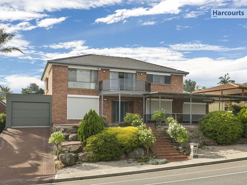194 Perry Barr Road, Hallett Cove, SA 5158