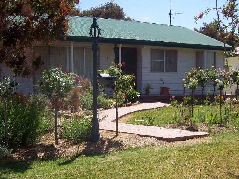 6 Ross, Coonamble, NSW 2829