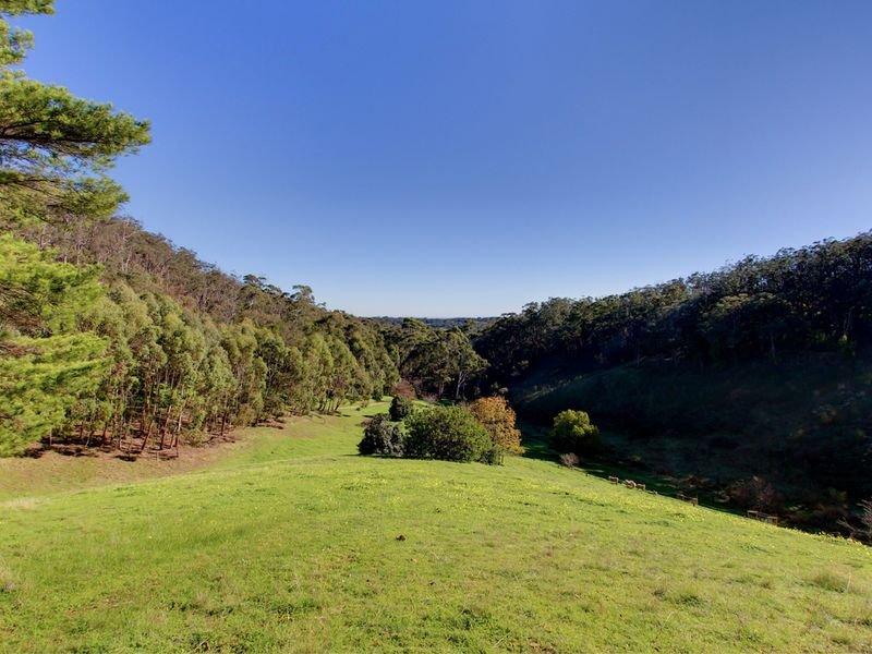 98b Gum Tree Glade, Norton Summit, SA 5136