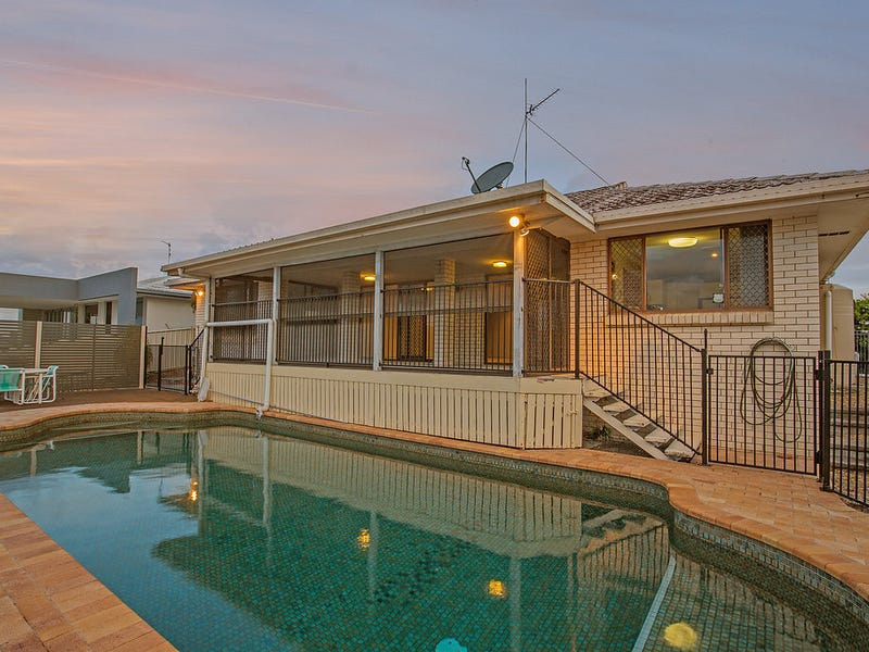 10 Weatherly Ave, Mermaid Waters, Qld 4218