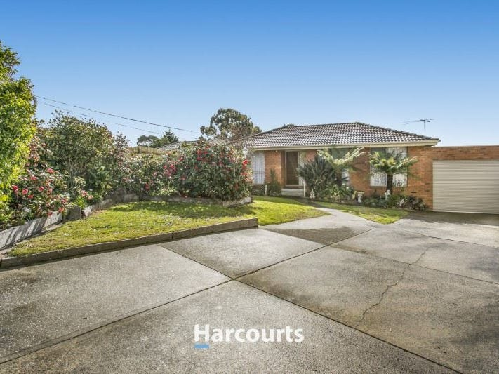 13 Cheryl Court, Hampton Park, Vic 3976