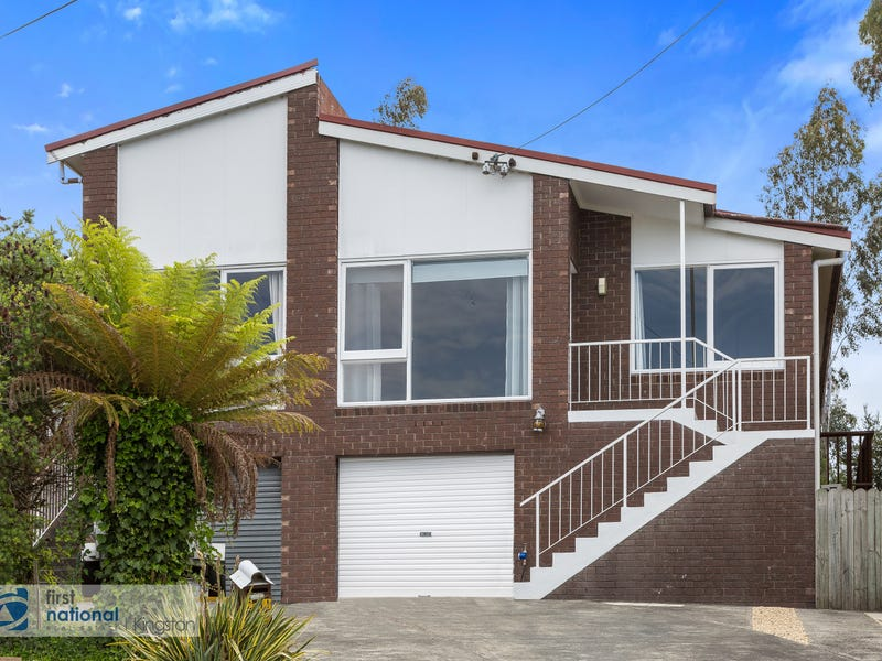 1/11 Kulgoa Place, Blackmans Bay, Tas 7052