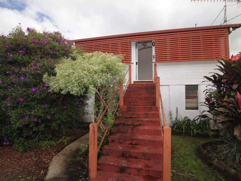 7 Walter Lever Estate Road, Silkwood, Qld 4856