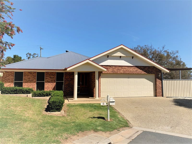 5 Myall Place, Thurgoona, NSW 2640