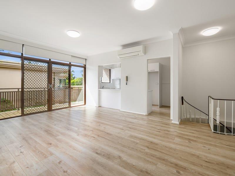 2/61 Walton Crescent, Abbotsford, NSW 2046