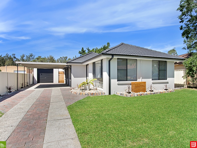 19 Greenbrook Place, Horsley, NSW 2530