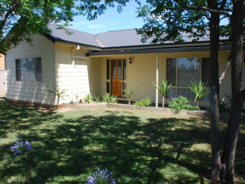 11 Wren, Toolamba, Vic 3614