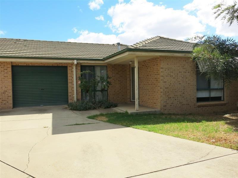2/13 Bulolo Street, Wagga Wagga, NSW 2650