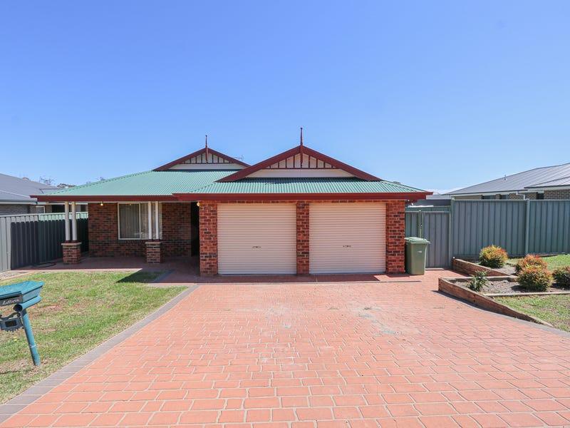 34 Old Hospital Road, West Wyalong, NSW 2671