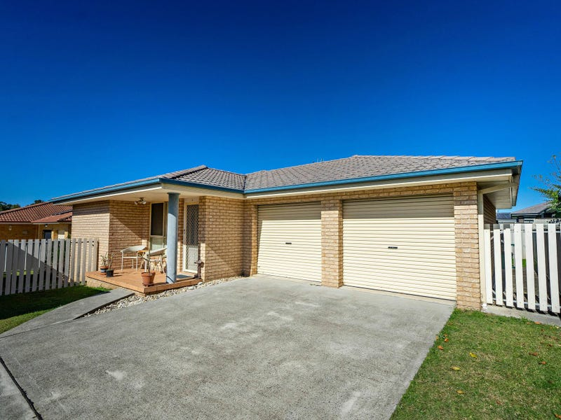 2/70 Old Bar Road, Old Bar, NSW 2430