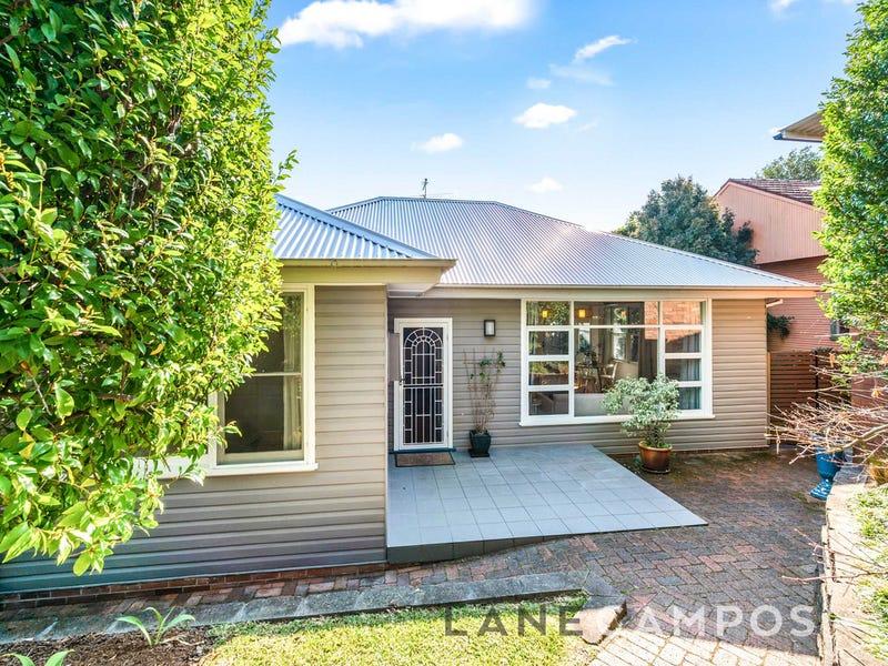 8 Boronia Avenue, Adamstown Heights, NSW 2289