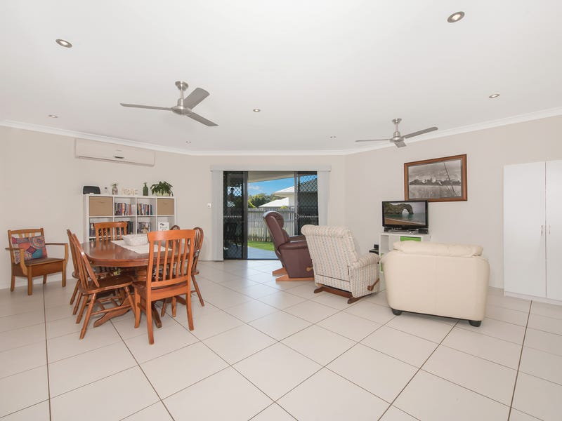 3 Lochern Way, Bushland Beach, Qld 4818
