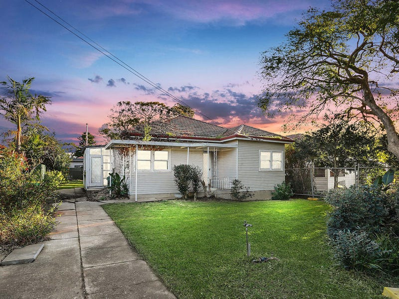18 McEvoy Road, Padstow, NSW 2211