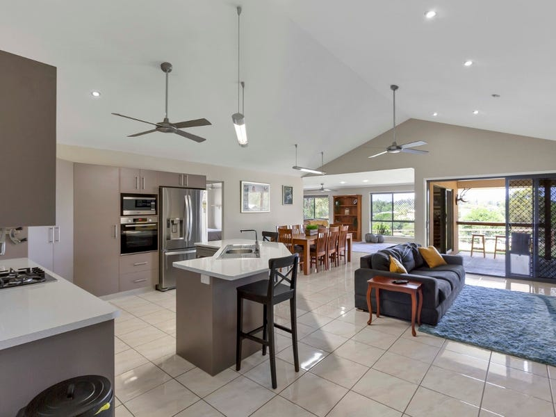 114 Sovereign Drive, Tamaree, Qld 4570