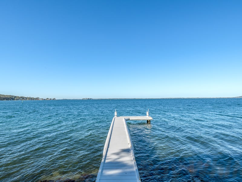 153 Fishing Point Road, Fishing Point, NSW 2283