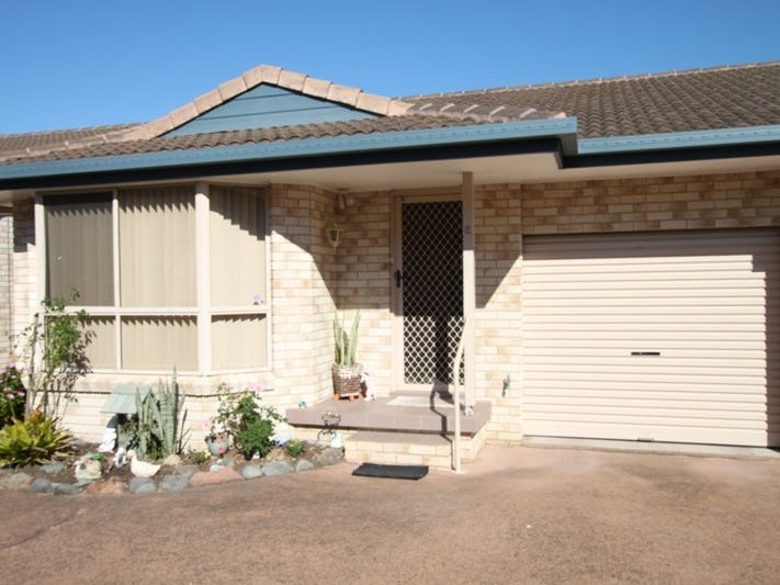 2/27 Tuncurry Street, Tuncurry, NSW 2428