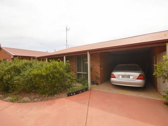 2/8 Council Street, Moama, NSW 2731