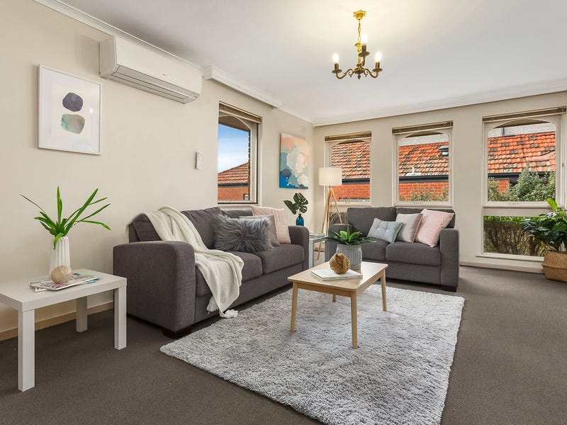 2/14 Raleigh Street, Essendon, Vic 3040
