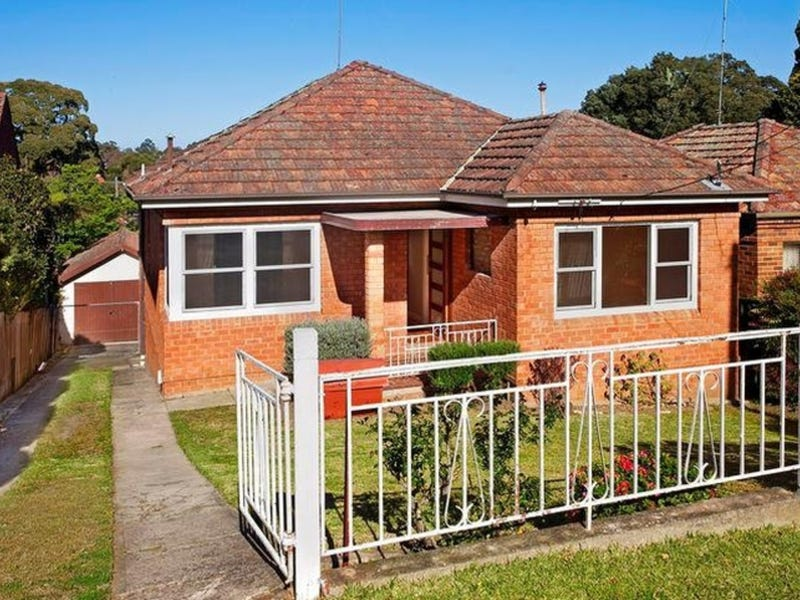 13 Kuroki Street, Penshurst, NSW 2222